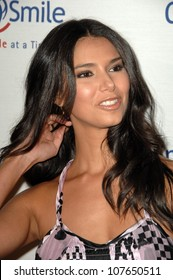 Roselyn Sanchez  at Operation Smile's 7th Annual Smile Gala. Beverly Hilton, Beverly Hills, CA. 09-18-08