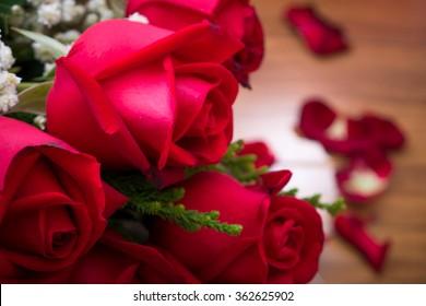 Roses  on wooden board, Valentines Day background, wedding day, happy birth day, love u