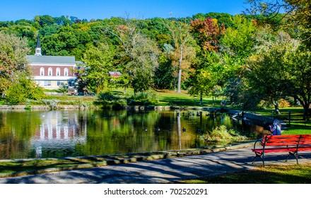 Roslyn Duck Pond in Autumn