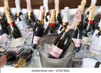 """ROSTOV-ON-DON, RUSSIA - JUNE 2017: The bath is filled with ice and champagne """"moet chandon"""" . A splendid party. Higher Society."""