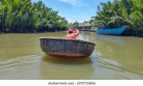 Round bamboo coracle Hoi An Vietnam Cam Thanh village