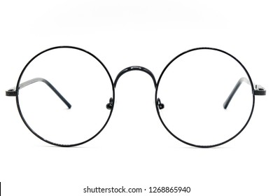 Round Glasses Women.Already used The image is sharp close.Is a good background.Suitable for use.