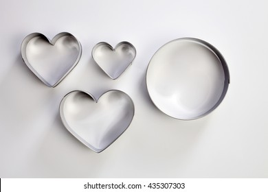 round and heart shape cutter on the white background