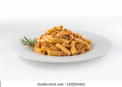 Round white Plate of macaroni pasta with Bolognese ragu?