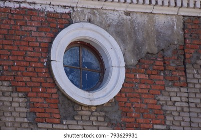 round window and old wall pattern