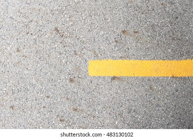 Route parking yellow color