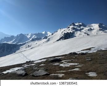 Route to SarPass peak, Kasol, Manali, Himachal Pradesh, India