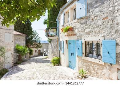 Rovinj, Istrien, Kroatien, Europa - malerische Gasse des Mittelalters