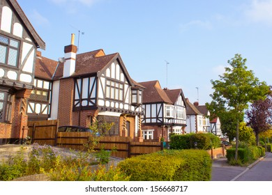 Row of detached homes in Woodford, Essex