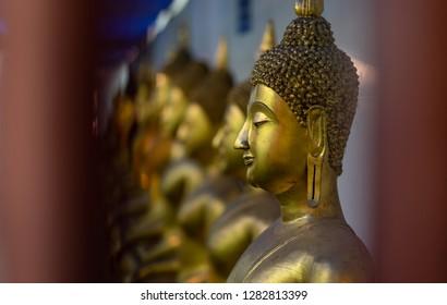 Row of Golden Buddha in Thailand (Phitsanulok, Thailand)