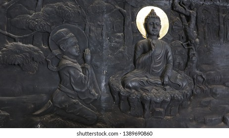 Row relief of the bhudda and disciple