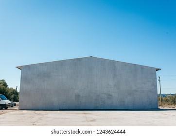 Hangar Exterieur