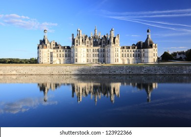 The royal chateau de Chambord and reflection