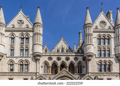 Royal Courts of Justice in the Victorian Gothic style (Law Courts, designed by George Edmund Street, 1882) in London, UK.