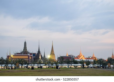 royal grand palace Bangkok in evening