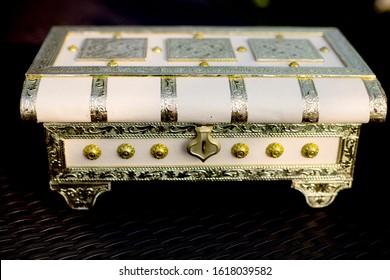 Royal Handmade Heritage Designed Bangle box