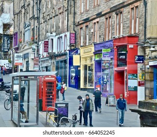 Royal Mile Edinburgh. Scotland UK June 2017
