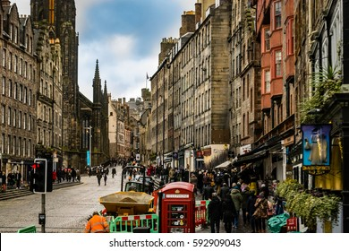 The Royal Mile in Edinburgh, UK