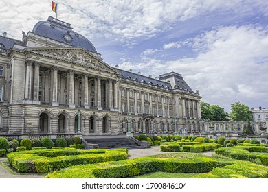 Royal Palace (Palais Royal de Bruxelles) in historical center of Brussels. Place des Palais, Brussels, Belgium.