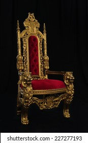 royal throne on black / the black makes it imposing / and ever royal