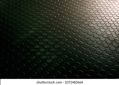 The rubber floor, Use non-slip matting to the room.