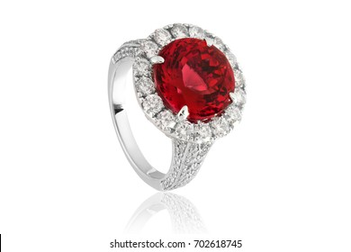 Ruby ring , diamond red in jewelry with gemstones and gold