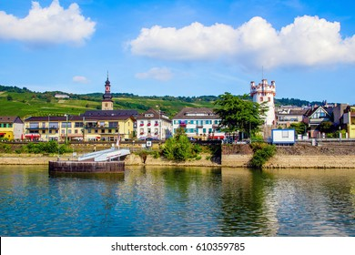 Rudesheim am Rhein, famous town for wine making in the Rhine Gorge, Germany