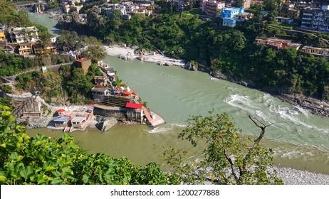 Rudra Prayag is the confluence of Alikananda and Mandakini river flowing through Uttarakhand