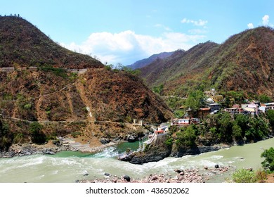 Rudraprayag is a town Named after Lord Shiva (Rudra), is situated at the holy confluence of Alaknanda and Mandakani rivers in Uttarakhand state in Himalaya of India.