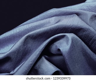 ruffled brocade in blu