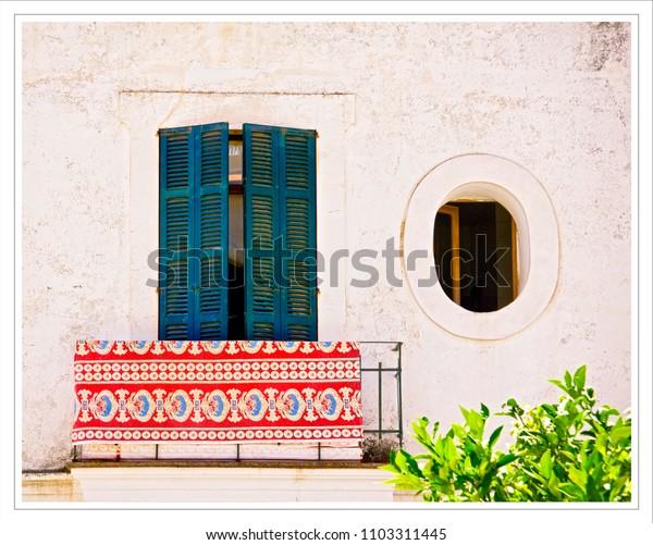 rug on a balcony colour contrasts