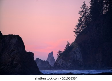 The rugged coastline of the pacific northwest at Rialto Beach in Olympic National Park, Washington, USA