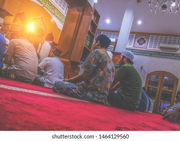 Ruhul Jihad Ciganjur Mosque, South Jakarta, May 13, 2019 - Some Muslim worshipers are waiting for the preacher who is speaking while waiting for the Witir prayer during the fasting month at night