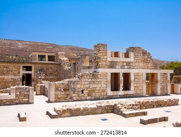 The ruin of legendary Knosos palace. Crete, Greece.