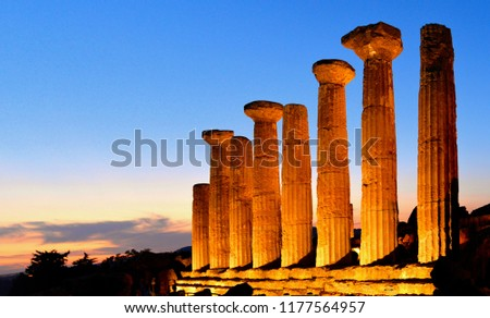 ruined-temple-heracles-columns-famous-45