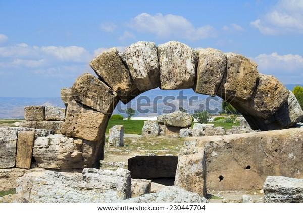 Ruins of ancient Hierapolis / Ruins of ancient Hierapolis, Pamukkale, Turkey