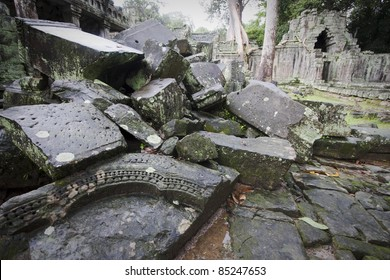 ruins in angkor temple in cambodia