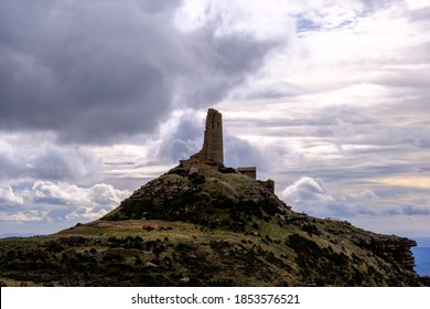 Ruins of the castle of Marcuello and the hermitage of San Miguel 2