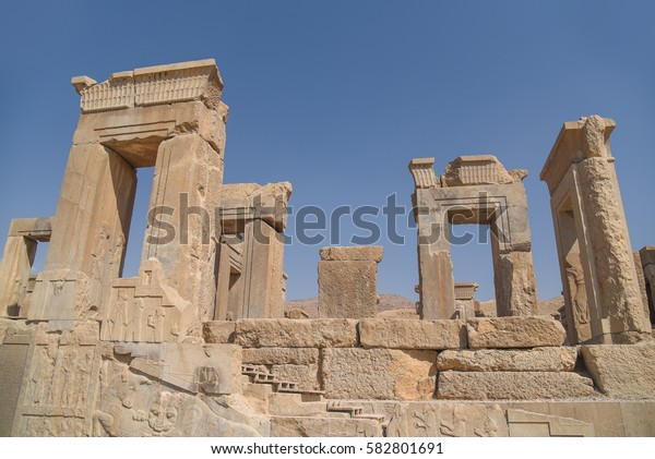 Ruins gate of Persepolis (UNESCO World heritage sites), ancient Persian city and the ceremonial capital of the Achaemenid Empire, situated 60 km northeast of Shiraz city in Fars Province, Iran