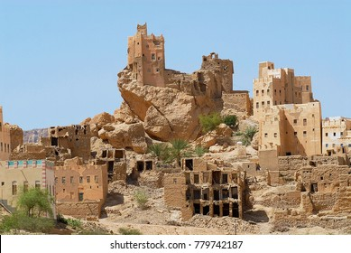 Ruins of the old mud brick fortresses, near the city of Seiyun, Yemen.