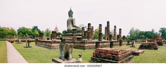 Ruins of Sukhothai, Wat Mahathat, Haripunchai lanna, Sukhothai historical park, Old city sukhothai