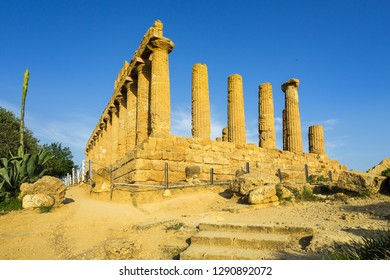 Ruins of Temple of Juno (Giunone) or the Temple of Hera and the characteristic Doric columns at Valle dei Templi, Agrigento, Sicily, Italy