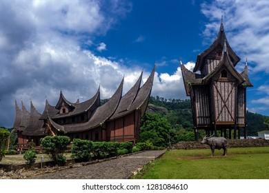 Rumah gadang Pagaruyuang