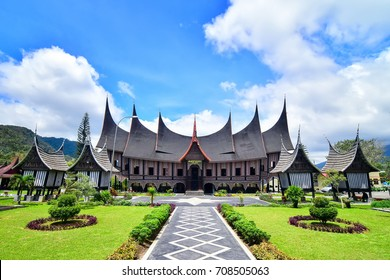 Rumah Gadang PDIKM Padang Panjang is Museum For Minang Kabau Culture Dokuments