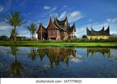 rumah gadang traditional minangkabau house 260nw 1477778021