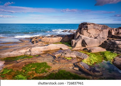 Rumbling Kern Rock Pool / At Rumbling Kern near Howick on the Northumberland coastline lies a small beach and cove, sheltered by small cliffs
