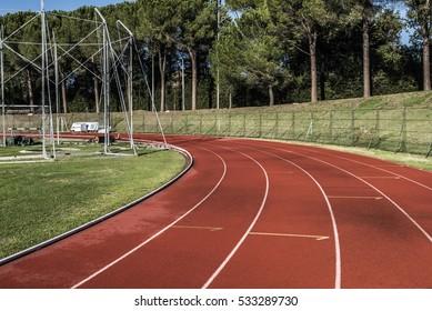 running track curve