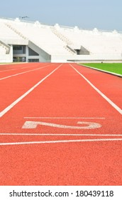 Running track numbers two in stadium