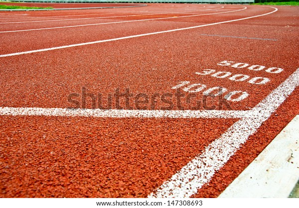Running track at one, three, five thousand meter