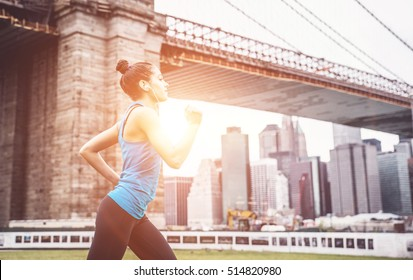 Running under the Brooklyn bridge